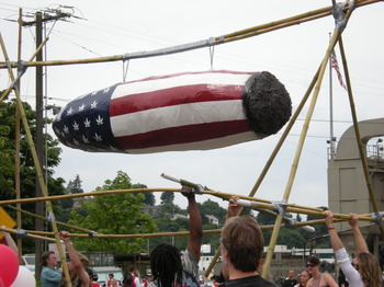 Fremont_Solstice_Parade_2008_-_American_joint_01.jpg
