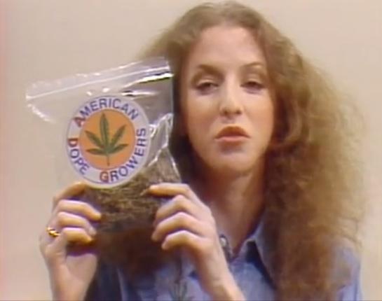 Laraine Newman Dope SNL 1977.jpg