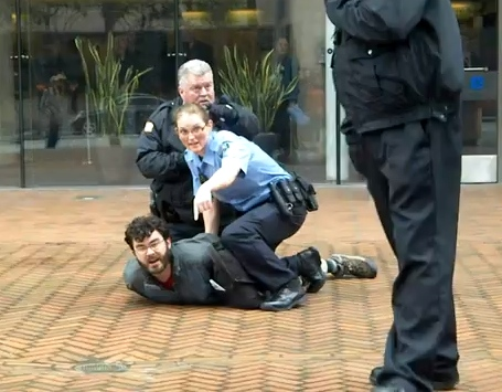 Federal Agents Arrest Two Cannabis Advocates In Seattle | Toke of ...