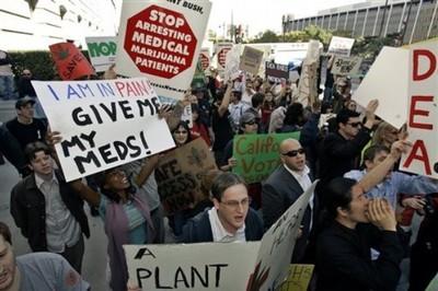 117359508-Stop_arresting_medical_marijuana_patients.jpeg