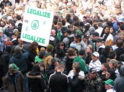2453922644_2718cd429d_b-Legalize-Marijuana-Rally.jpg