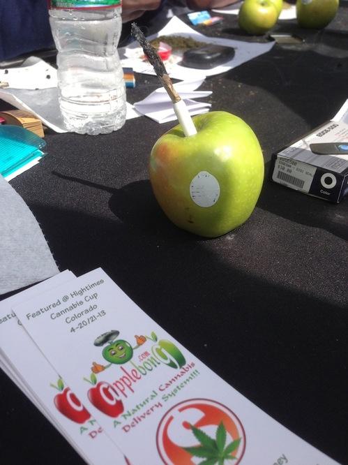 dencancup2013 apple pipe guy.JPG