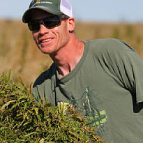 farmer.hemp.harvest.205x205-thumb-205x205.jpg