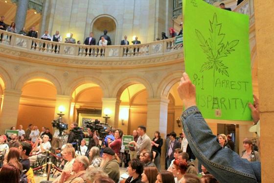 Minnesota-normlprotest.jpg