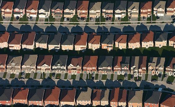 tracthousing-commons-IdukeSting.jpg