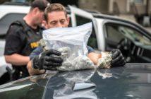 cops-and-pot-1