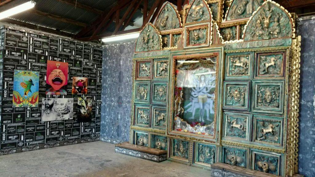 high-art-booth