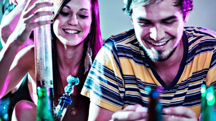 marijuana.teen.party.thinkstock.large